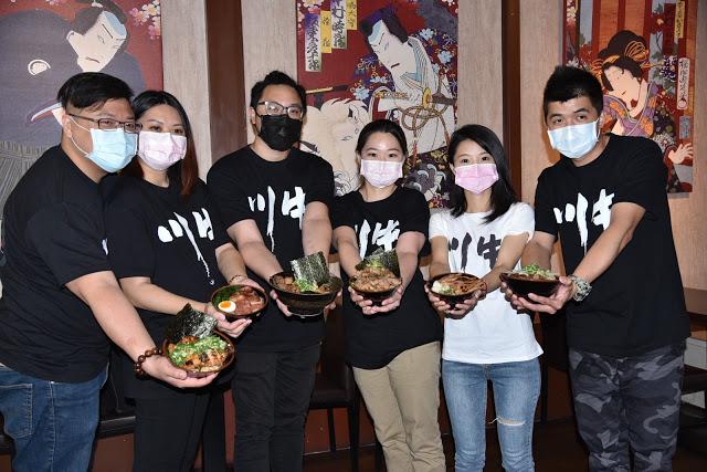 7萬元創業牛丼傳奇名店-川牛木石亭,疫情下業績靠著外送逆勢成長,在業界造成話題。